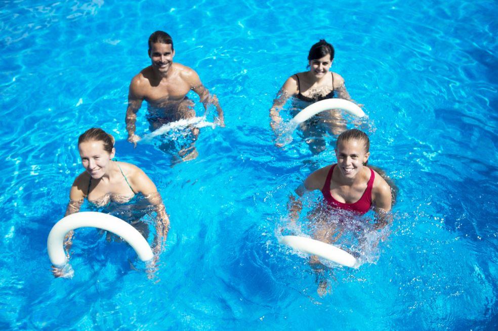 pratiquer l'aquagym contre la rétention d'eau
