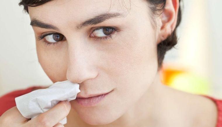 symptômes des infections nasales
