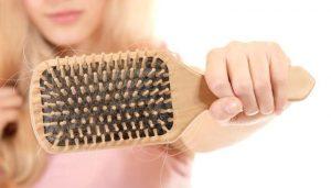 perte de cheveux, effet secondaire de la noréthisterone