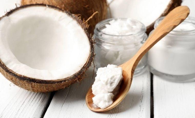 huile de coco contre les infections de la bouche