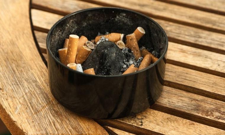 retirer les cendriers pour ne plus fumer