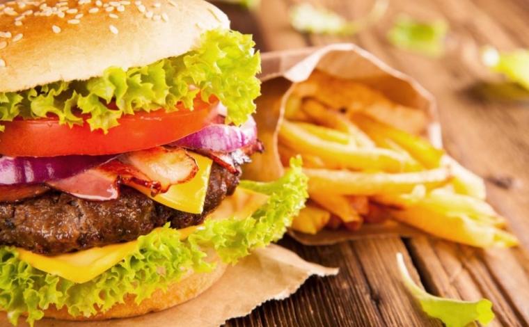Aliments gras et brûlures d'estomac