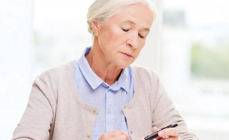 Ménopause chez la femme âgée