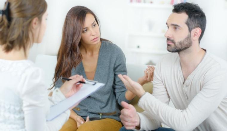 Consulter un sexologue pour résoudre ses problèmes d'érection