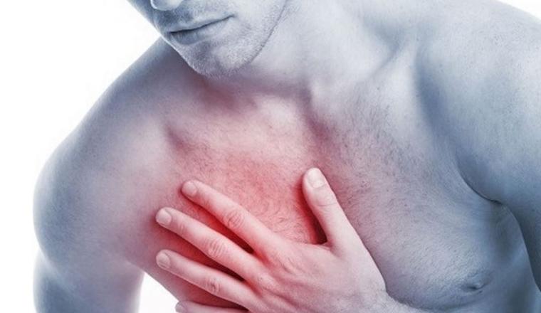 Constriction des artères causant une angine de poitrine