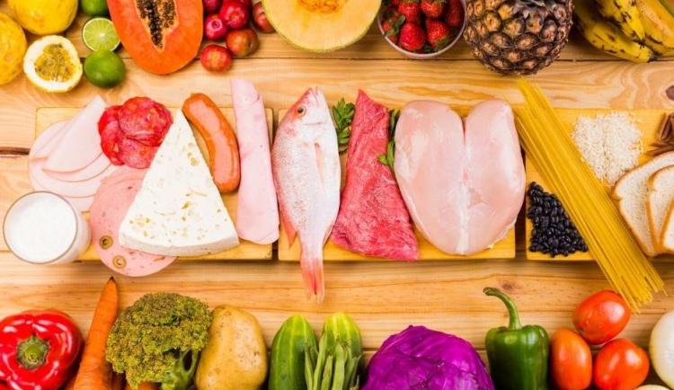 Rééquilibrer son alimentation pour se protéger de la cellulite