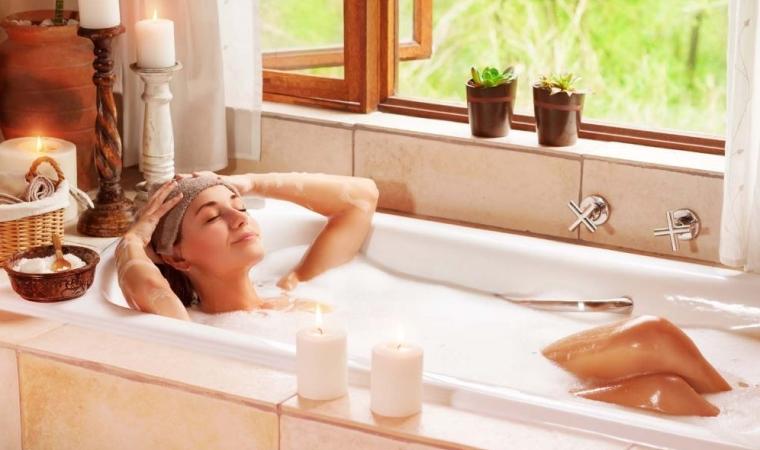 bains chauds, facteur à risque de la rosacée